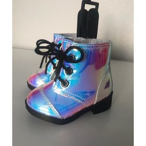 NWT ✨ Wonder Nation iridescent combat boots